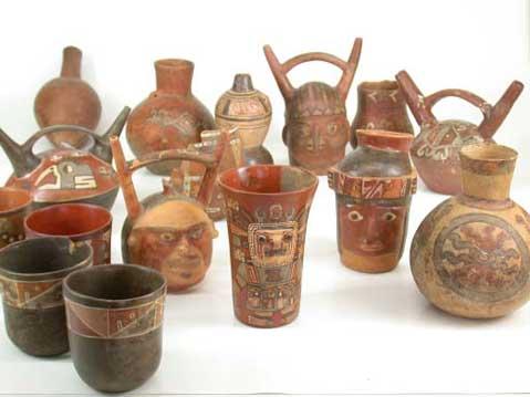 ceramica wari plumas